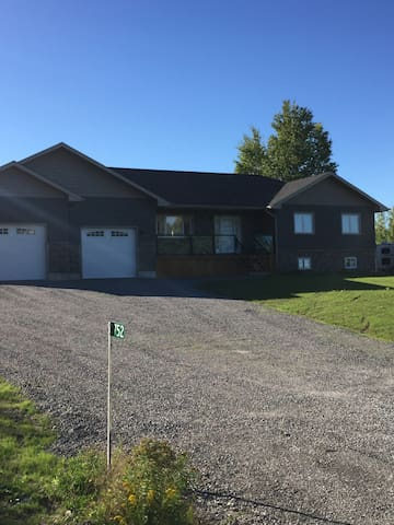 Newly Built Bungalow - Ennismore - House