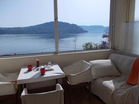 Beatifull villa near the lake