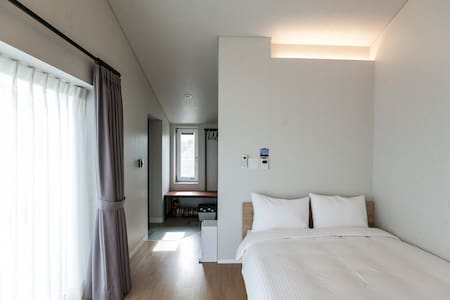 ★Ensuite private unit double room3★ - Seogwipo-si