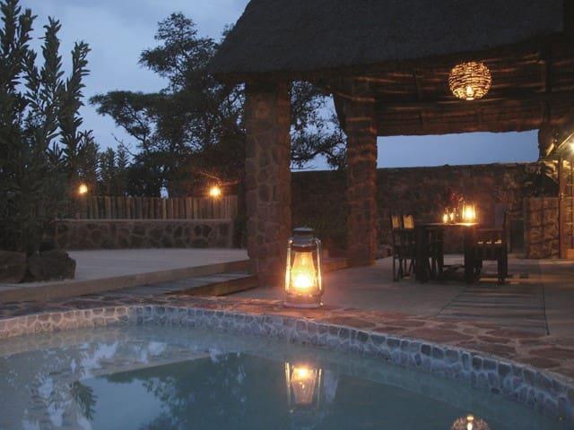 Abloom bush lodge & Spa Retreat - Cullinan - Chalet