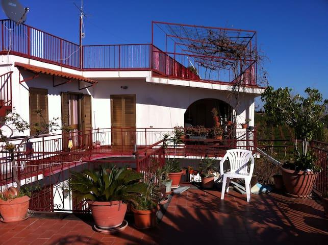 Casa Vacanza - Rosa di Calabria - Bovalino Superiore - Villa