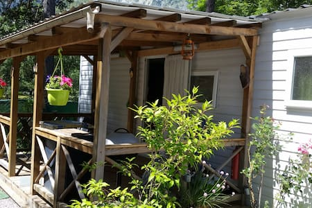 mobile home dans camping  *** - Bungalow