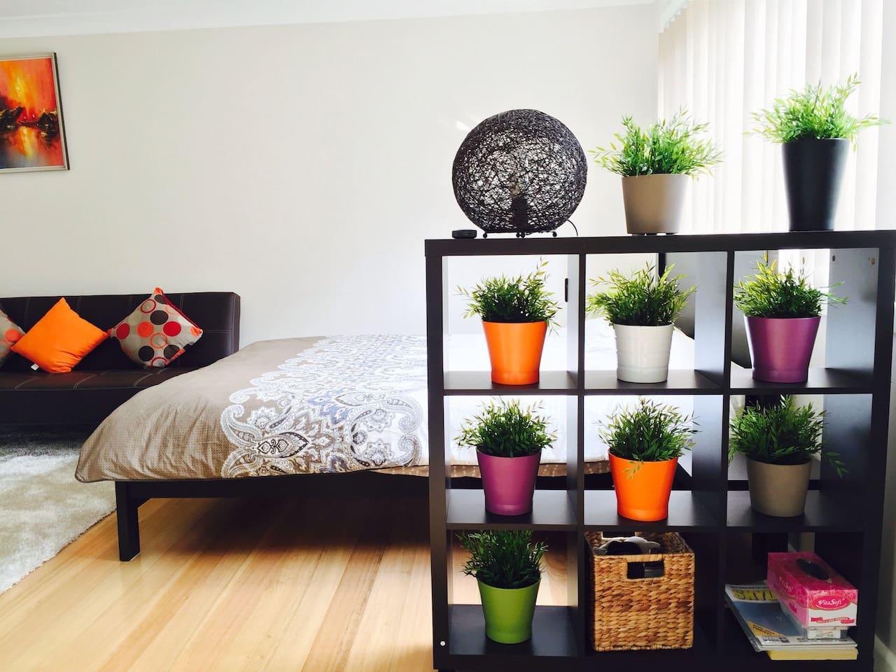 Bright, specious and comfortable studio
