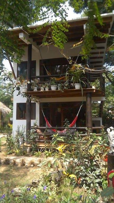 Suites Spondylus Lodge