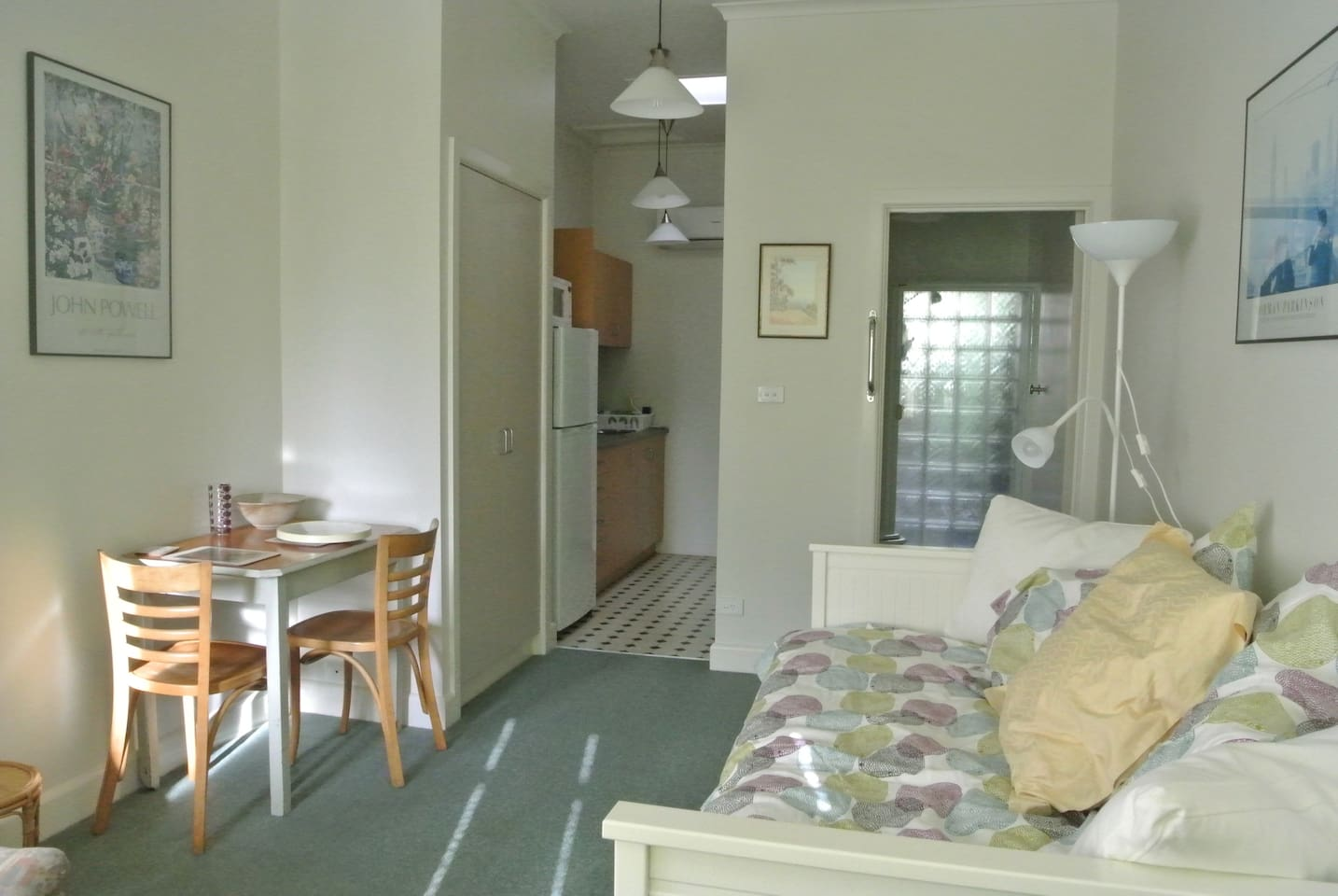 Bed-sitting room with kitchenette and ensuite