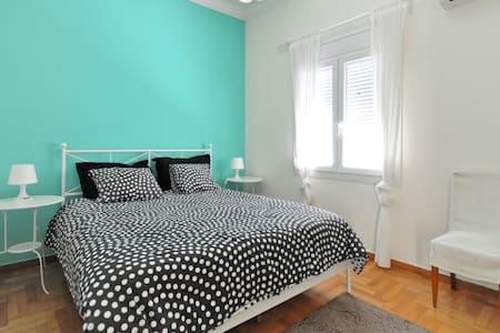 In the heart of Athens center  - Apartmen