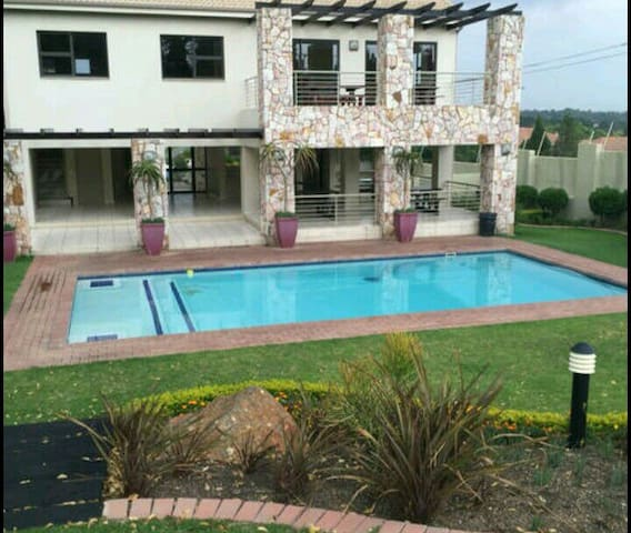 Backpackers Haven - Sandton - Apartment