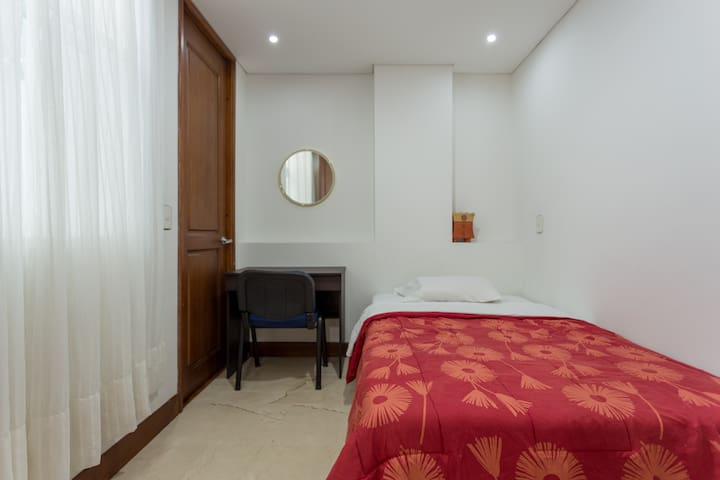 Cozy and chic apartment3 - Medellín - Appartement