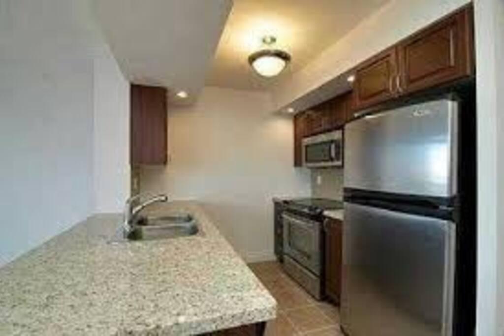 2 Bedroom Luxury Condo Apartments For Rent In Toronto Ontario Canada