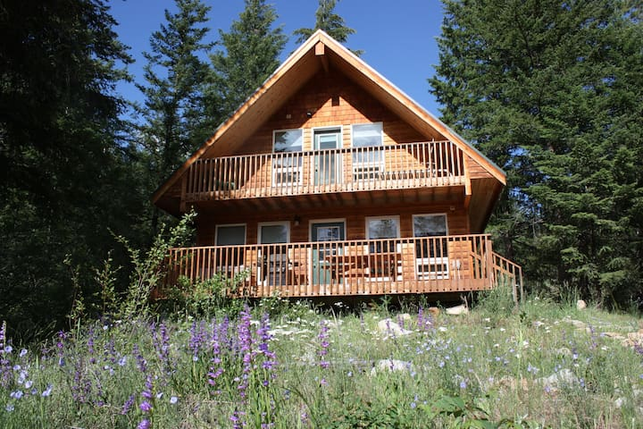 Cabin on Fawn Creek AVAILABLE NOW! - Winthrop - Hytte