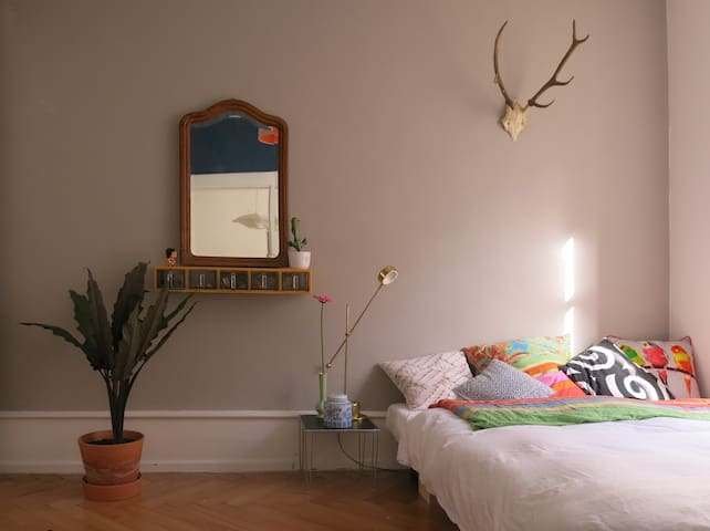 Cozy Room, 3 Minutes to Fair - Basel - Wohnung