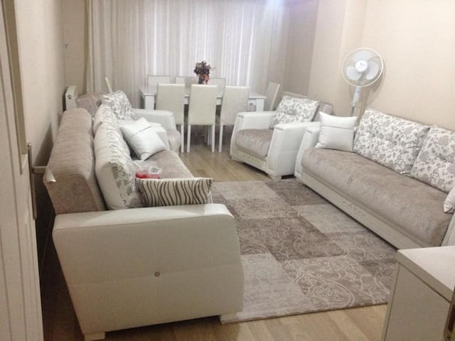 Brand new Private Cosy Room - Istanbul - Huis