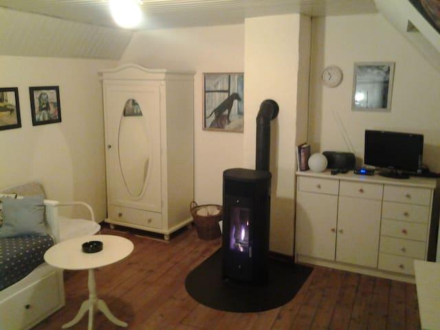 Schönes Zimmer mitten in Kerpen - Kerpen - อพาร์ทเมนท์