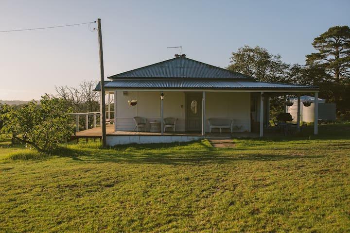 The Orchard Farm, Homeley Homestead