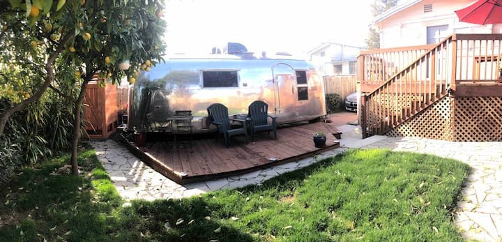 Vintage Airstream in Oakland w/ outdoor shower 🚿