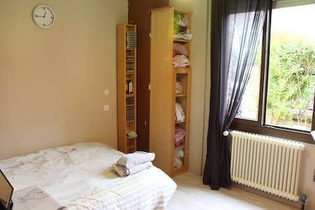 Private 12m² room in Savigny sur Orge