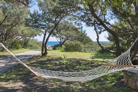 beachfront Akti ground floor for 4 person sea view - Kiotari