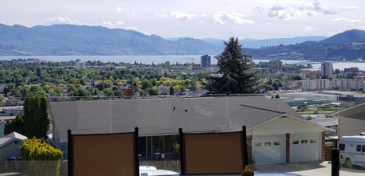 Fantastic Lake & City Views near downtown