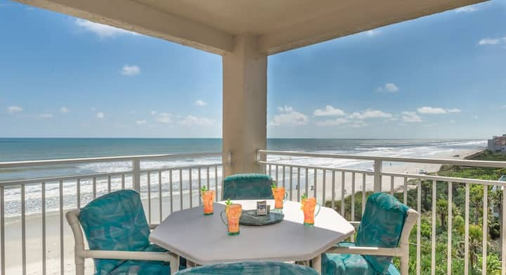 PH5B Palm House. Beautifully decorated, oceanfront 3 bedroom 2 bath condo