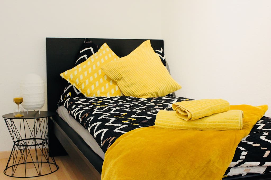 privat single room (yellow)