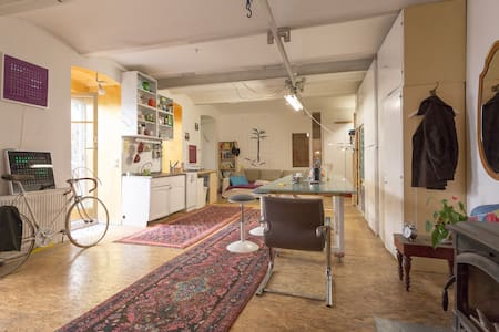 Couch in the Hipster Loft (ground floor) - Vienne - Loft