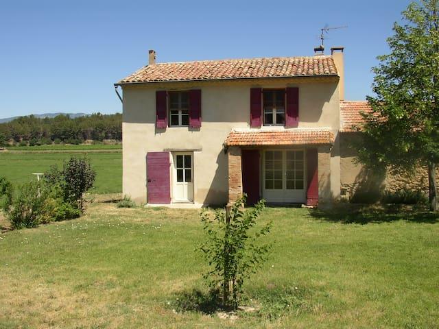 GITE RURAL LA CASTELETTE - La Tour-d'Aigues - Hus