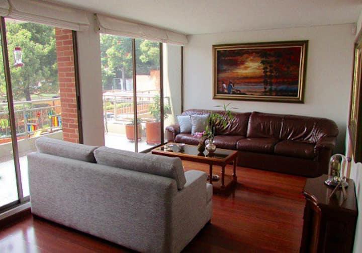 Habitación privada, cerca a Usaquen y Unicentro