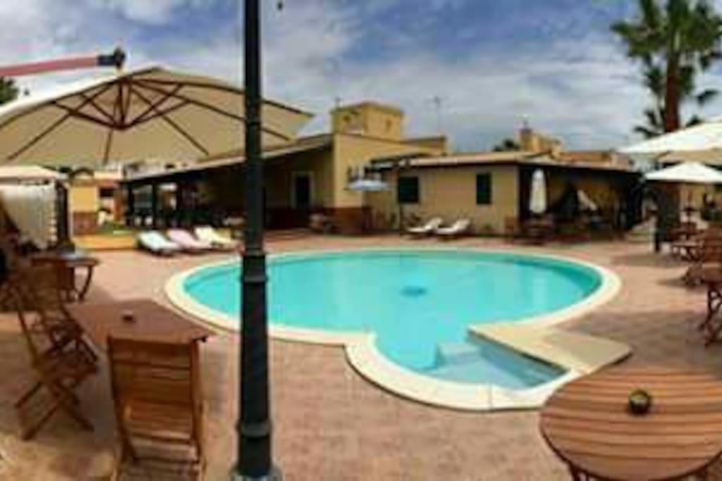 villa al mare con piscina e prato inglese villas for