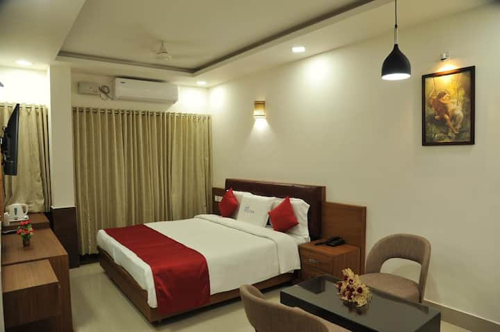 Air conditioned premium room in Wayanad