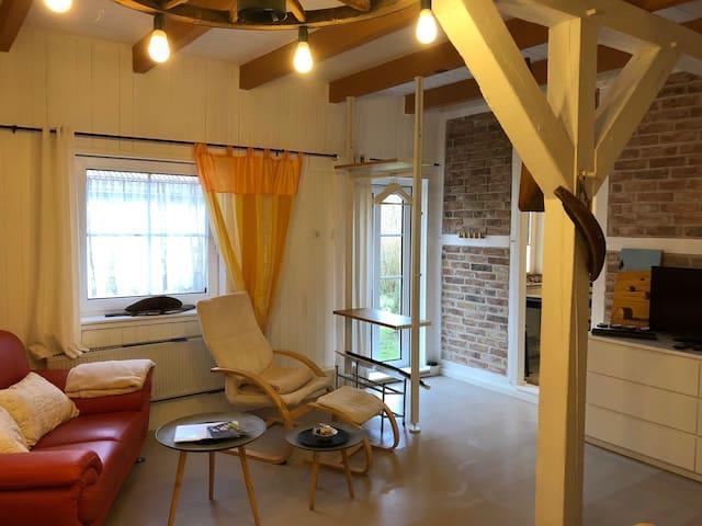 Uriges Studio auf Hof in Alleinlage