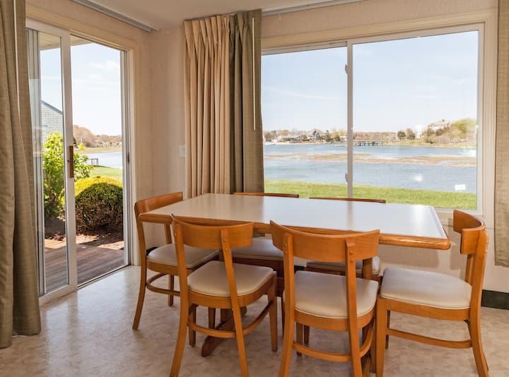 Ocean View Corner Apartment w/Panoramic Views