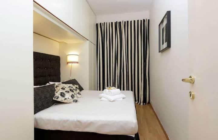 Mudah dan elegan apartmen satu bilik tidur