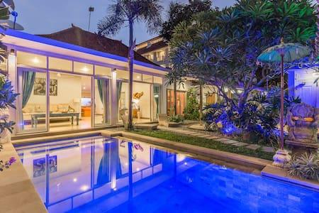 Exklusive Villa Maloa, 3 Schlafzimmer und Pool