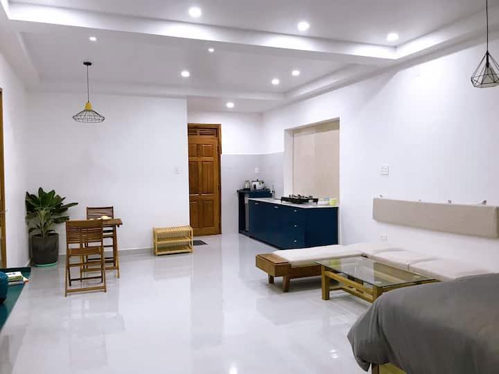 Lats studio apartment full furniture, frendly host