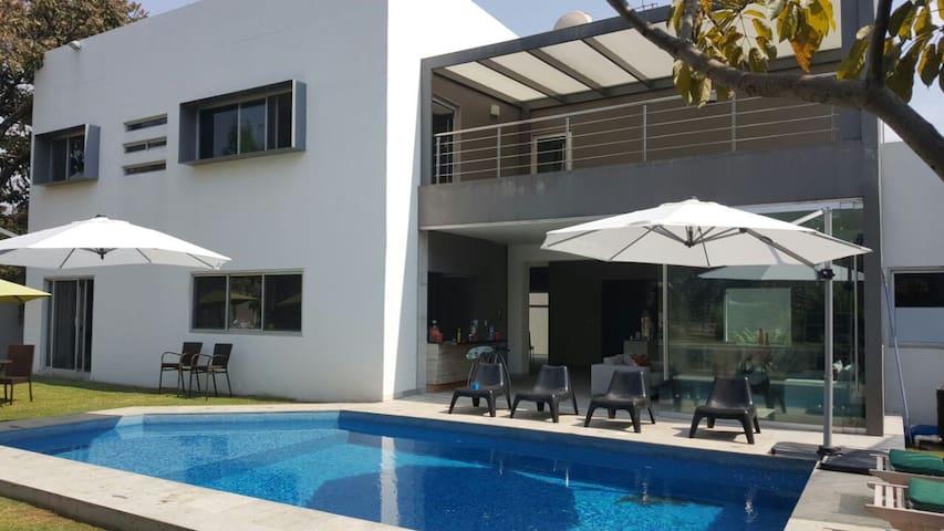Escape Sumiya, casa moderna