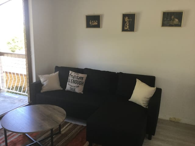 Charming apartment 5km from Perth CBD - Yokine - Квартира