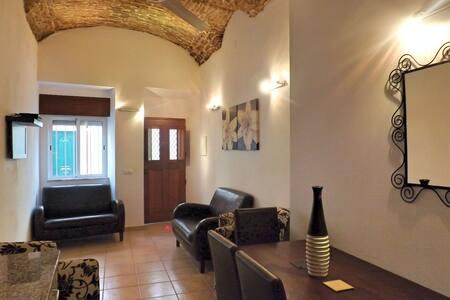 Newly refurbished townhouse - Olhão - บ้าน