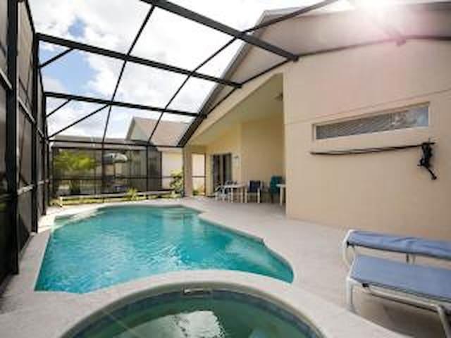 Cozy, Pool/spa ,Home Near Disney