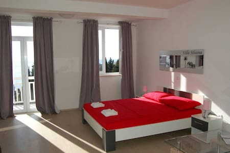 Cozy appart. with parking included - Apartamento