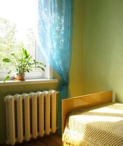 Отдельная комната для 1-2 гостей - Naberezhnye Chelny - Daire