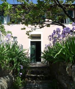 romantic & rustic apartment with garden - Pietrafitta