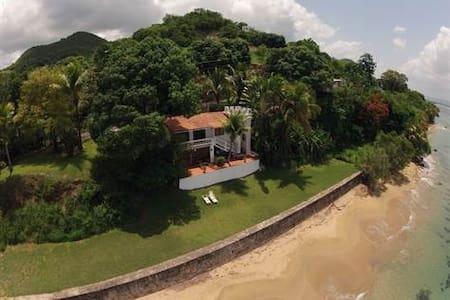 Ocean Front Villa Suite/ Casa Sack - リンコン