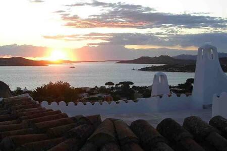 Sa Rocca. Seaview villa in Sardinia - Porto Rafael -Punta Sardegna