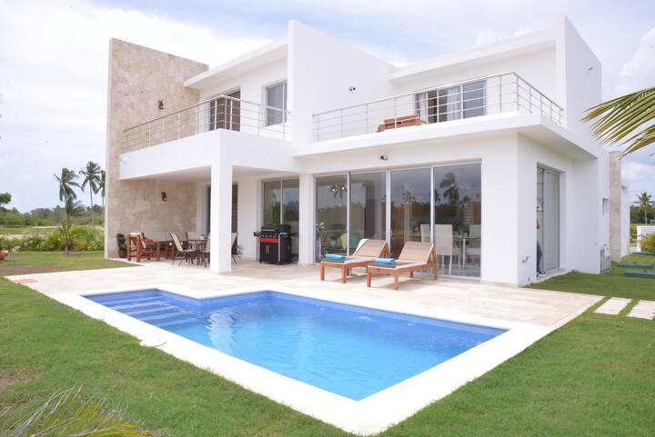 Villa c/ piscina privada Bahia Principe Residences