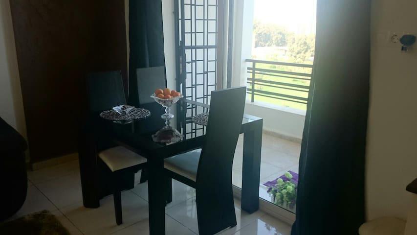 Belle appartement F2 avec une vue - Ouled Fayet - Byt