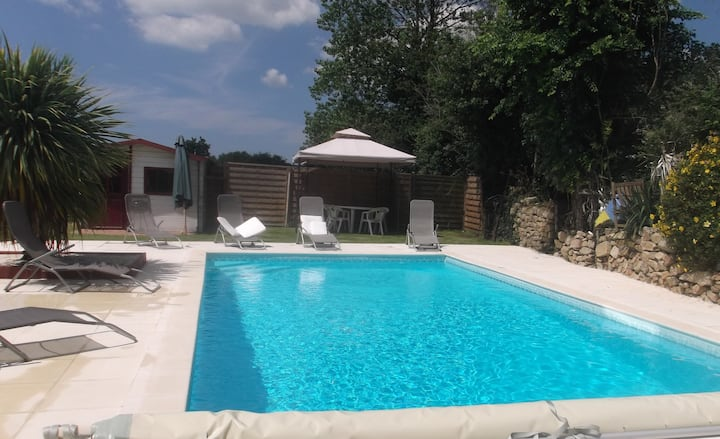 Maison avec piscine couverte chauffée Rbt confinem