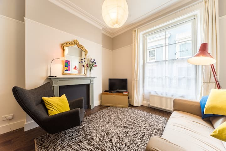 Gorgeous flat in Heart of Clifton
