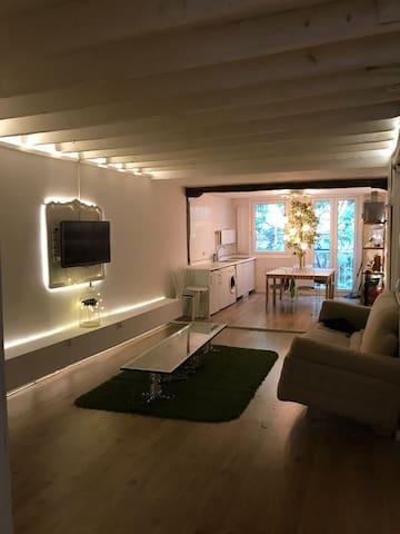 Bonita habitación para dos en el centro de bilbao.