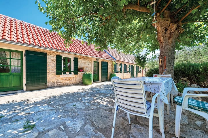 Double bed room in rural house inside NP Krka (G)