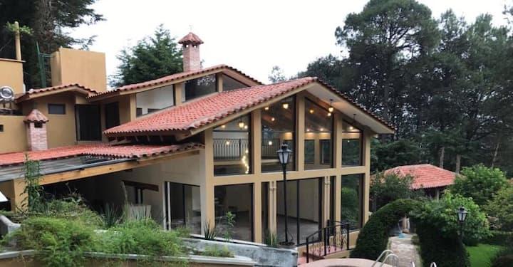 Casa Los Cipreses